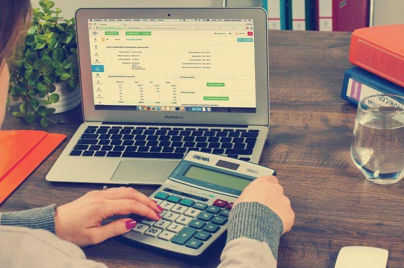 Кой е най-благоприятният момент за рефинансиране на бързите кредити?
